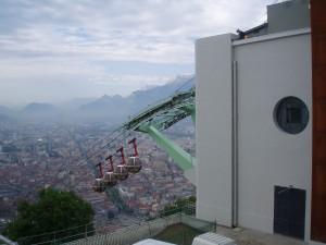 travaux en hauteur sur le téléphérique de Grenoble, après