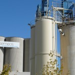 Travaux acrobatiques industrie de nettoyage de silos