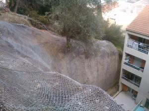 Mise en sécurité de talus contre la chute de pierres